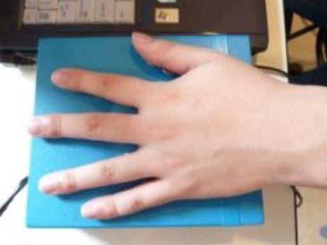 生体情報を測定するバイオハンドセンサー