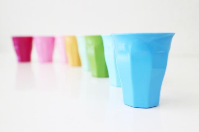 カラーカップ