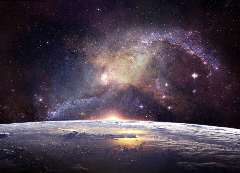 光り輝く宇宙