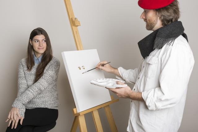 女性と画家