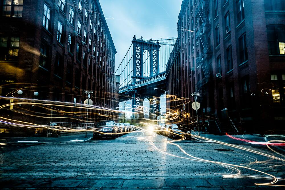 街中を走る光線