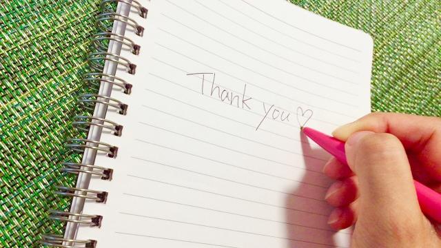 ノートとthank youの文字